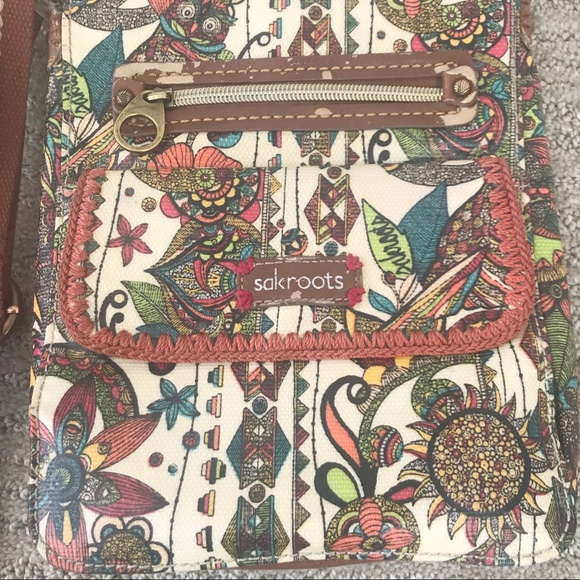 Sakroots Handbags - SakRoots boho crossbody!